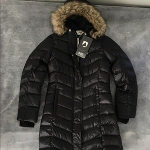 NWT Lands End Girls Down Coat Size M